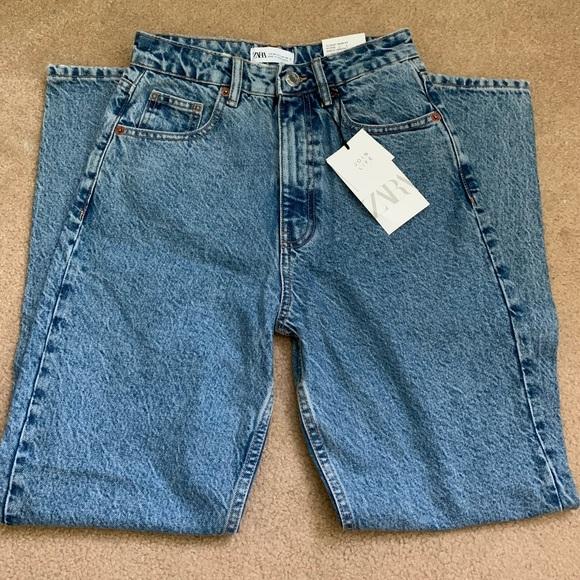 Zara Classic Mom Fit Jeans